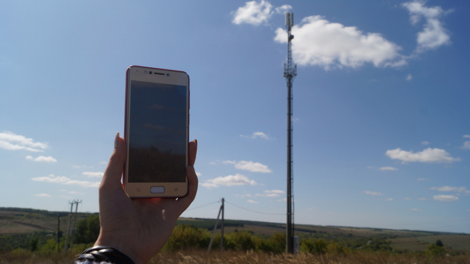 В Репьевском районе установили 4 вышки сотовой связи