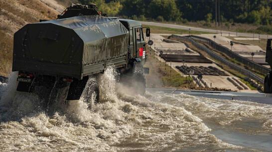 Военные водители из России и КНР поставили мировые рекорды в Воронежской области