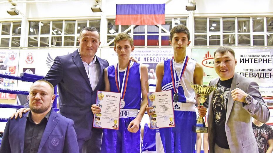 Бутурлиновские боксеры завоевали 2 «серебра» на всероссийских соревнованиях