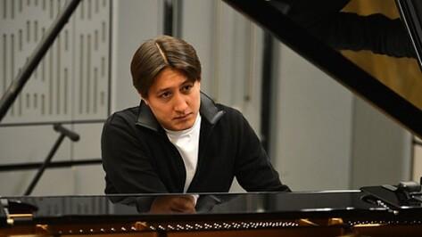 Британский пианист Фредерик Кемпф выступит с Воронежским молодежным оркестром