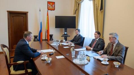 Воронежские власти согласовали проект соглашения с профсоюзами и работодателями