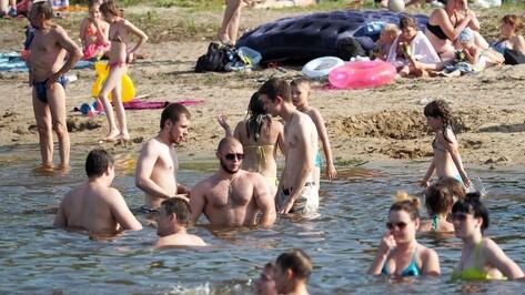 Спасателей возмутили дети, оставленные без присмотра на воронежском пляже