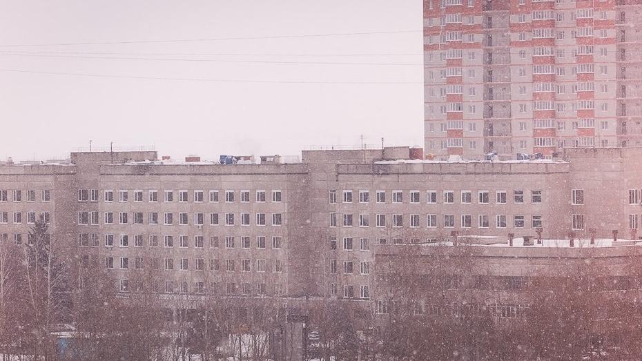 Воронежские спасатели предложили убрать стоянки рядом с высотками