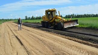 В петропавловском селе Пески укрепят участок дороги на улице Полевой