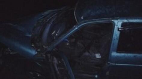 При опрокидывании «ВАЗа» 1 мужчина погиб и 2 ранены в Воронежской области