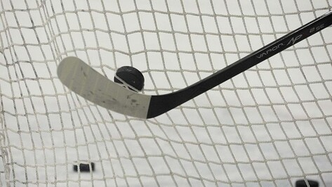 Хоккейная «Россошь» проиграла «Северским волкам» по буллитам.