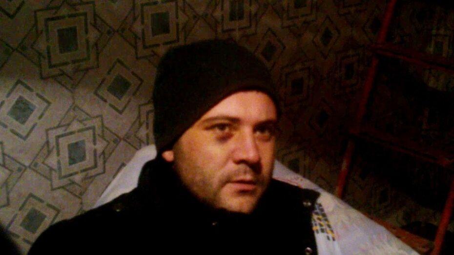 Подозреваемый в убийстве в центре Воронежа прятался на даче у знакомых