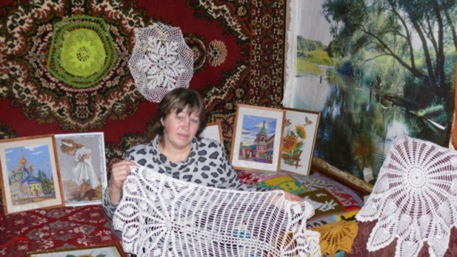 Жительница Каменки связала японский кроссворд