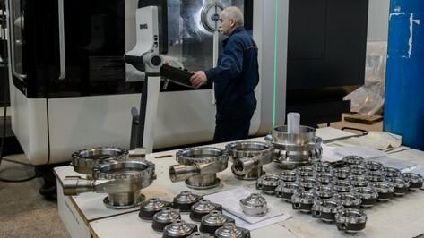 Вице-премьер поручил загрузить Воронежский мехзавод дополнительными заказами