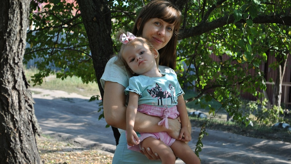 Светлана Михненко с Настей.