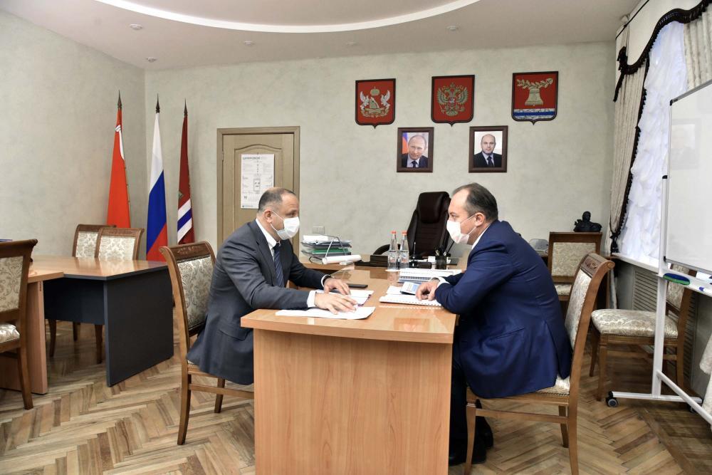 Встреча Виталия Шабалатова с мэром Павловска
