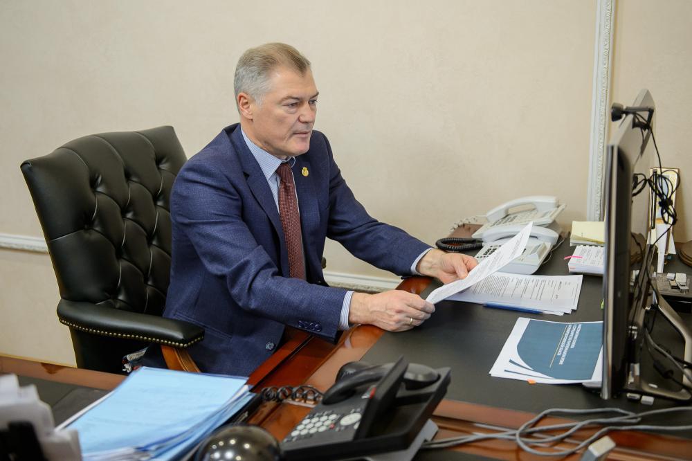 Виктор Логвинов