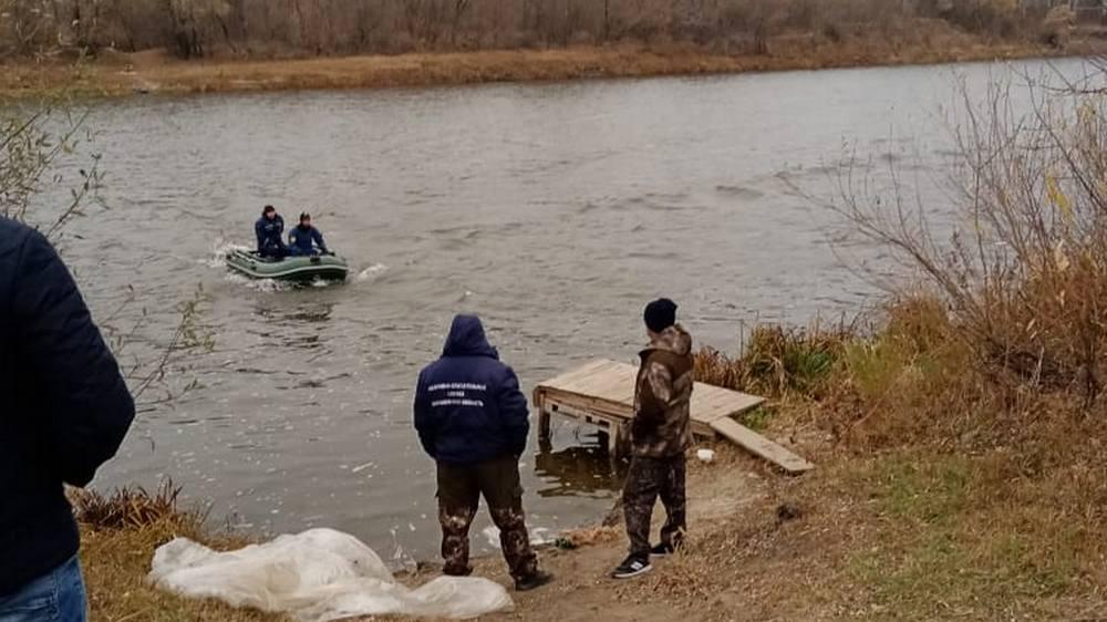 Водолазы нашли только сеть и лодку