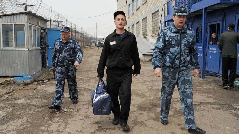 Осужденный за убийство двух прапорщиков Георгий Быков
