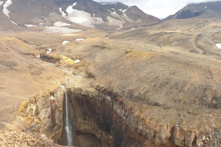 Камчатка водопад горы