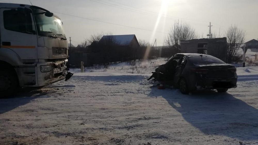 Оба автомобиля получили значительные механические повреждения