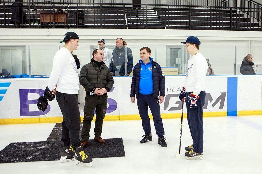 Спикер облдумы Владимир Нетесов