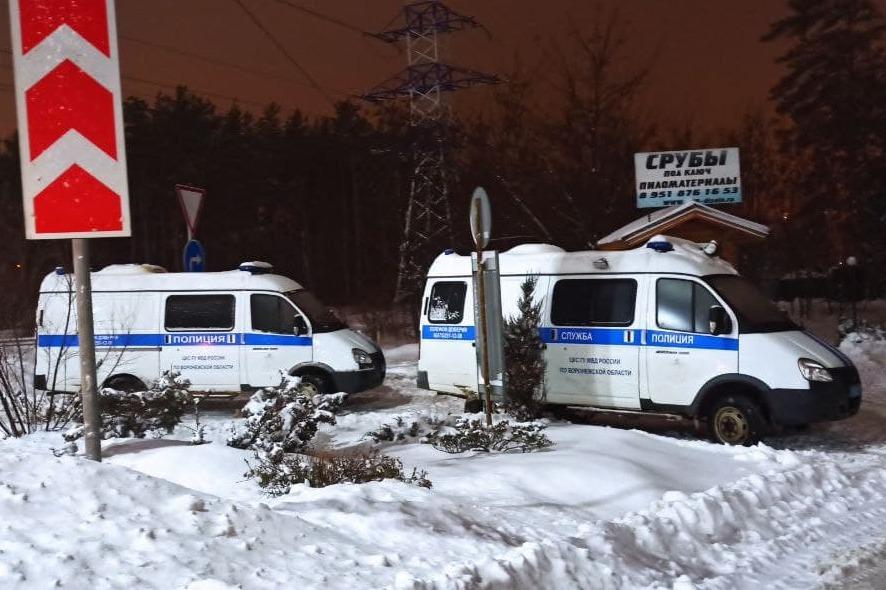Полиция на месте убийства учительницы
