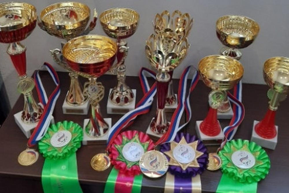 Спортсменки выиграли 9 кубков