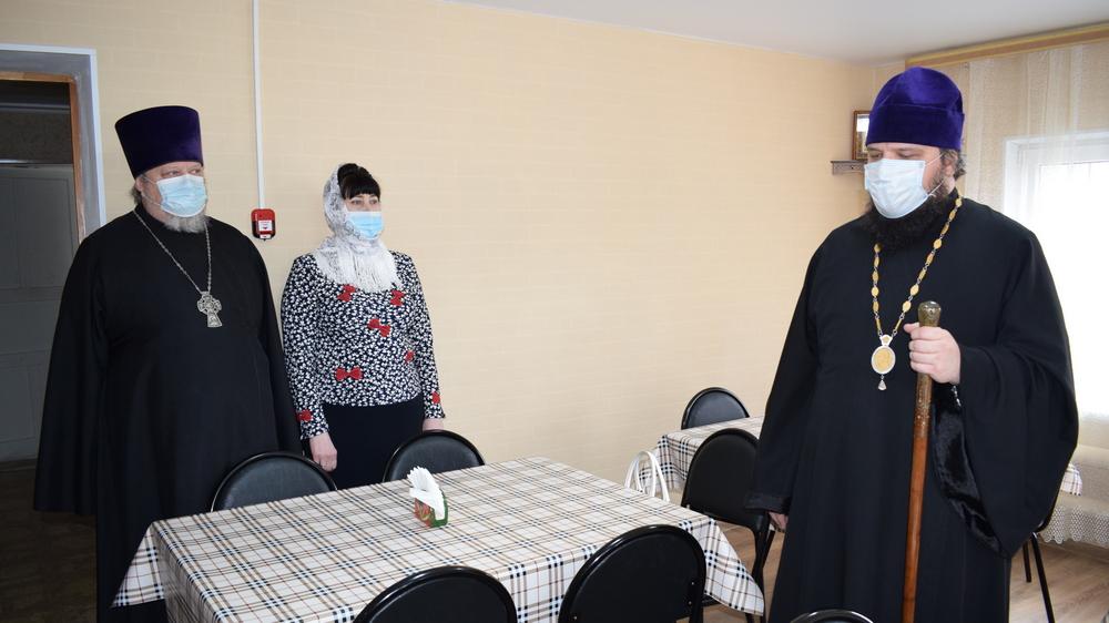 На открытии присутствовалепископ Борисоглебский и Бутурлиновский Сергий (справа на снимке)