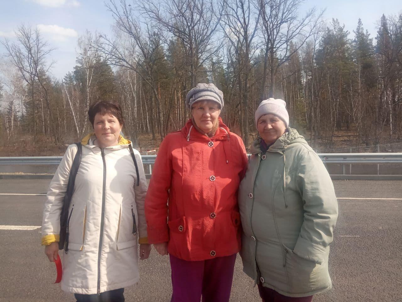 Жители поселка Лушниковка