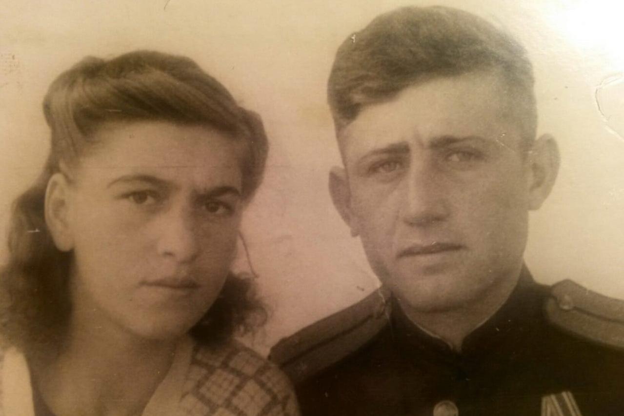 С женой на Камчатке, 1949 год