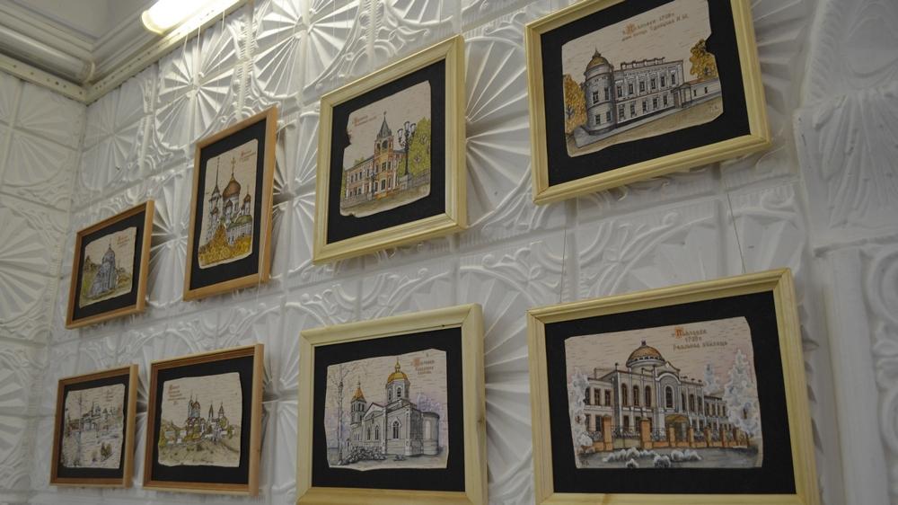 В экспозиции представлены 40 работ