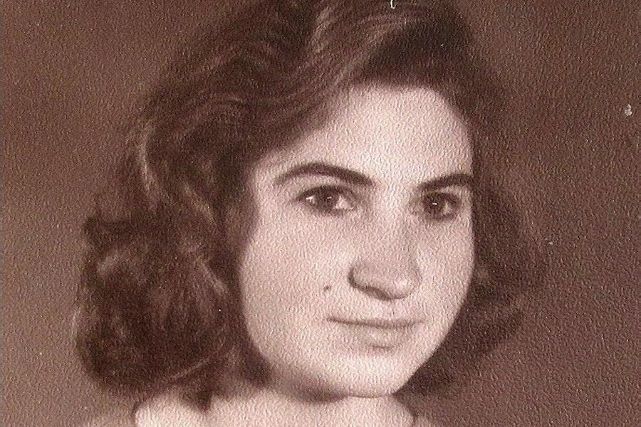 Лидия в молодости