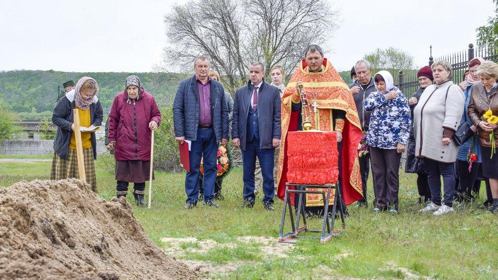 Церемония захоронения прошла 12 мая