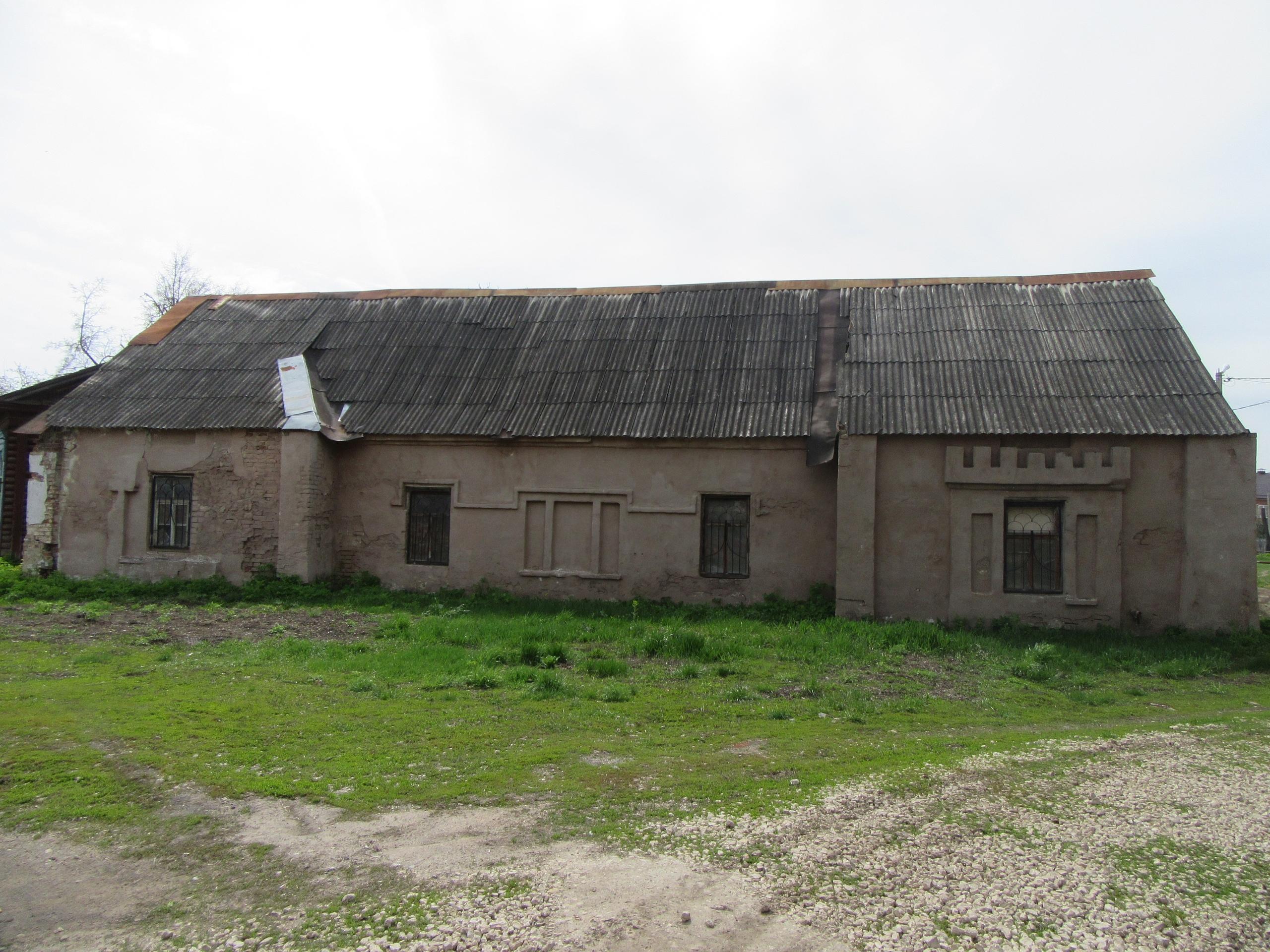 Больница из комплекса Ольденбургских под Воронежем