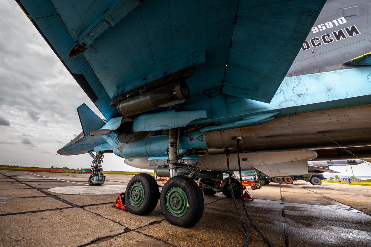 Самолеты бомбили цели под Воронежем