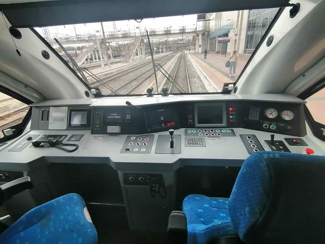 Кабина РА-3, курсирующего между Воронежем и Белгородом
