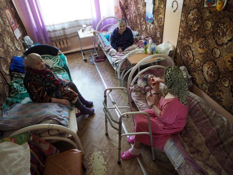 Дом престарелых в воронеже как туда попасть моя пожилая жена голая дома
