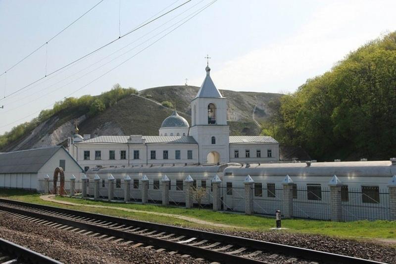 Съездить на экскурсионной электричке в Дивногорье.jpg