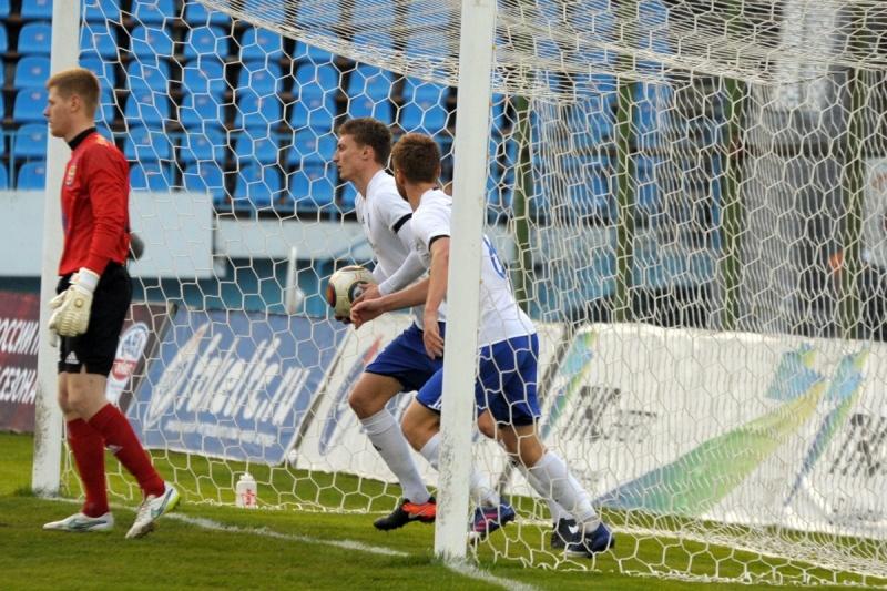 Два мяча Касьяна помогли «Факелу» одолеть «Нефтехимик» вматче главенства ФНЛ
