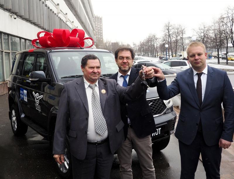 Шофёр «Почты России», отразивший вооруженное нападение, получит автомобиль в российской столице