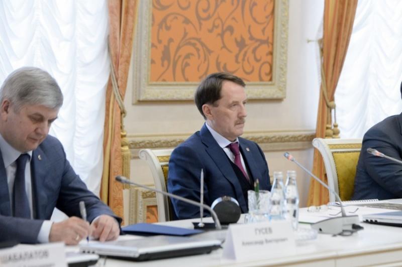 http://riavrn.ru/upload/medialibrary/f81/f81f692d03ea165b764d333ce0ee634a.jpg