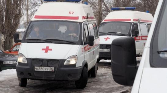 Очевидцы: в Воронежской области в ДТП с двумя автомобилями пострадали 2 человека