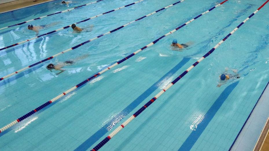 Умирающего в бассейне студента медвуза Воронежа пытались реанимировать сокурсники