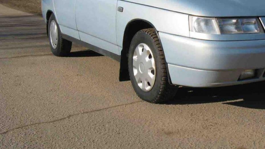 В Воронежской области пешеход отлетел от одной машины под колеса другой