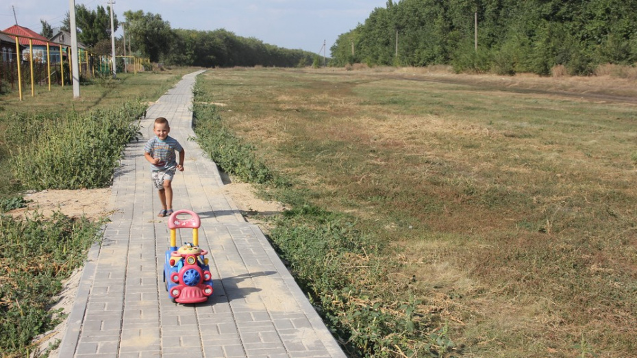 В каширском селе Коломенское впервые сделали тротуар