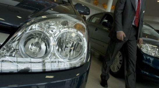 Мошенники обманули автосалон под видом чиновников воронежского департамента
