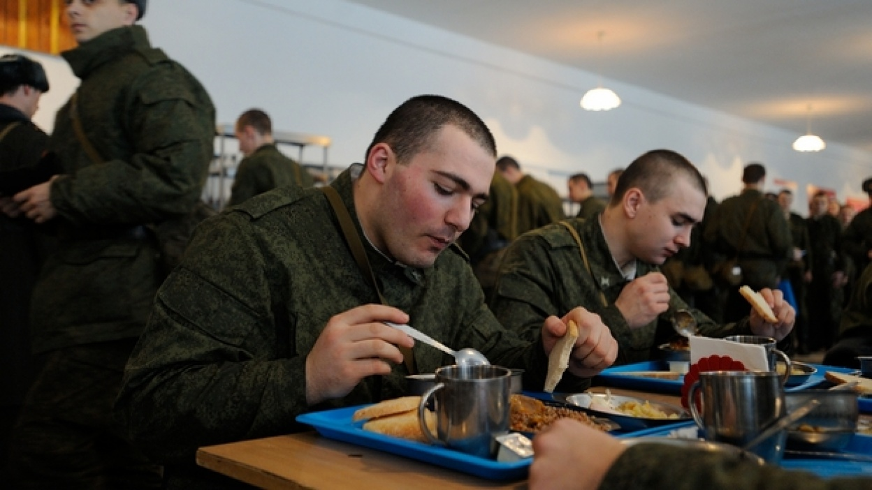 Солдат из Острогожского учебного центра 2 года сидел на диете, чтобы попасть в армию