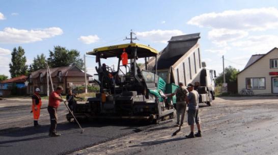В петропавловском селе Старая Меловая благоустроили центральную площадь