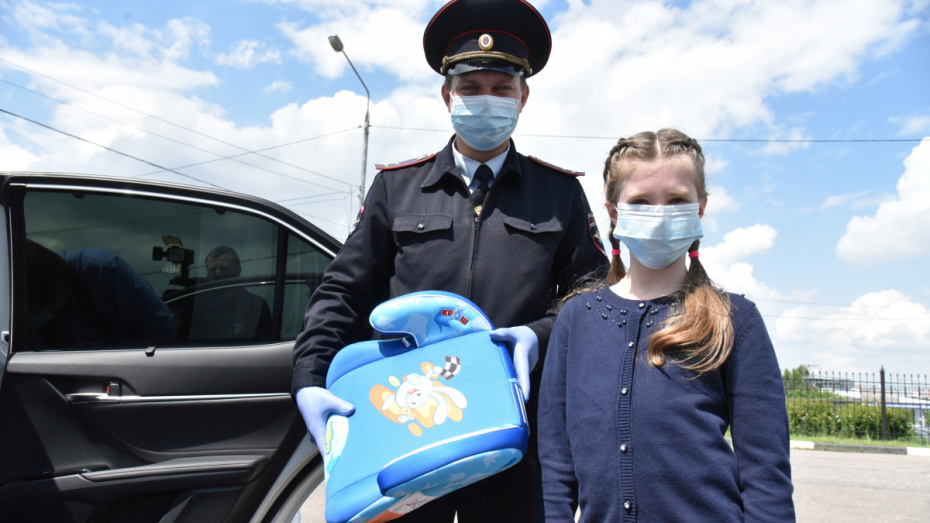 В Воронеже открыли первый бесплатный пункт проката детских автокресел