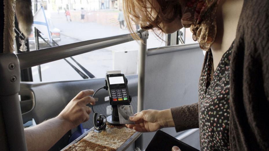 Мэр Воронежа предложил снимать с маршрутов автобусы с неработающими терминалами