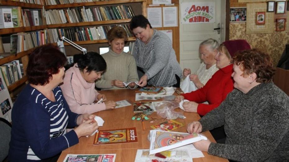 Жительница Петропавловки организовала кружок для домохозяек