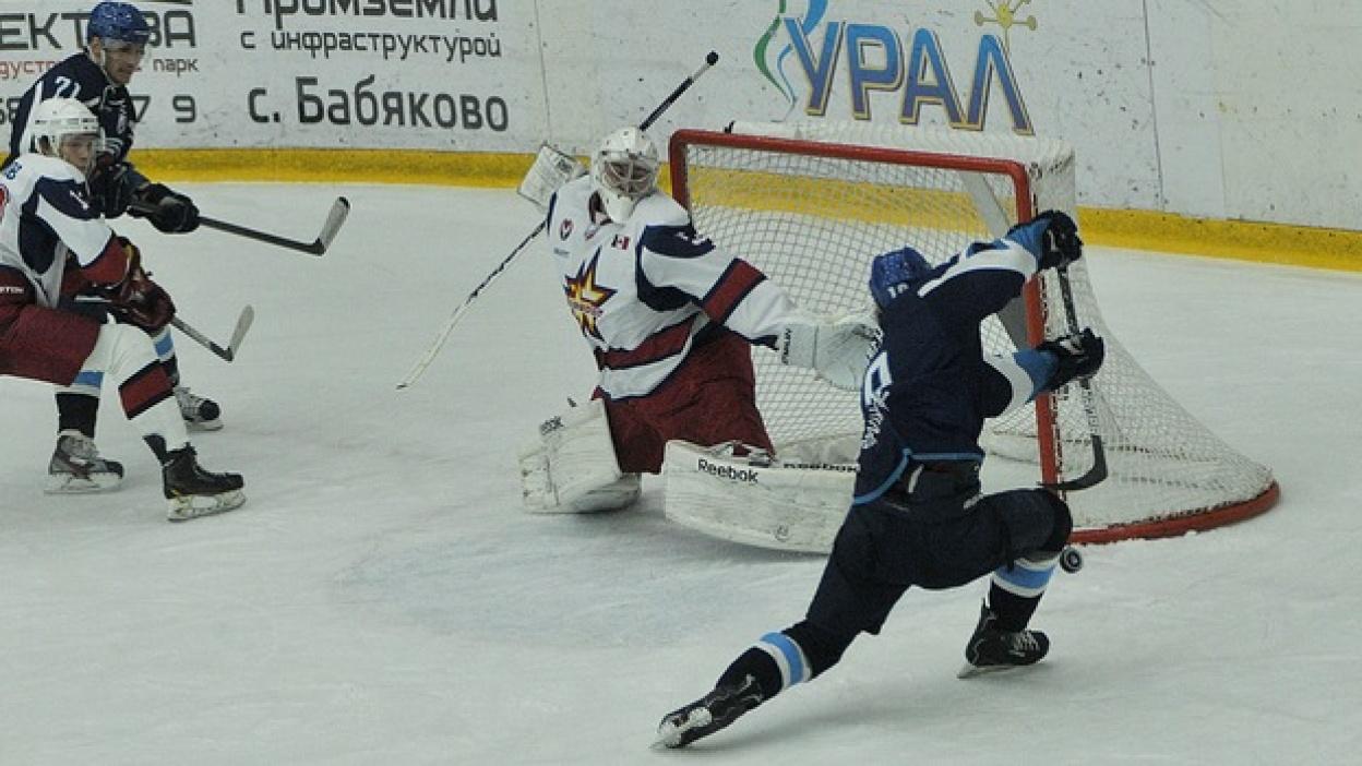 Воронежский «Буран» обыграл лидера сезона ВХЛ