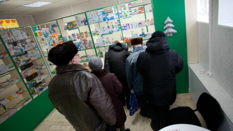 В воронежских аптеках вслед за масками раскупили антисептики