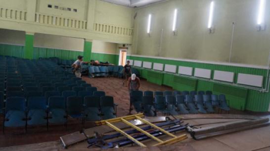 В петропавловском селе Старая Меловая на ремонт Дома культуры потратят около 11,7 млн рублей